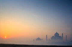 Sunrise (Satyaki Basu) Tags: travel india history up architecture sunrise canon wonder photography eos dr taj mahal agra 1750 marble tamron pradesh uttar basu mughal explored satyaki 450d earthasia gettyimagesmiddleeast