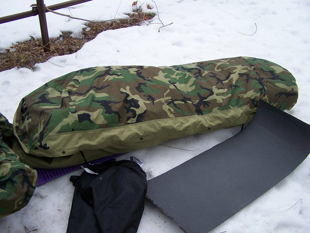 no tarp just two pads sleeping bag and bivy  of course it doesn u0027t rain here in the winter  but i do sleep in my hammock     hammock and a military ecwcs goretex sleep system for 4 seasons      rh   survivalistboards