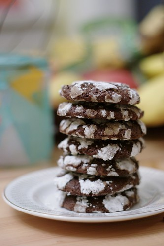 Crackle Top Snowy Mountain Cookies