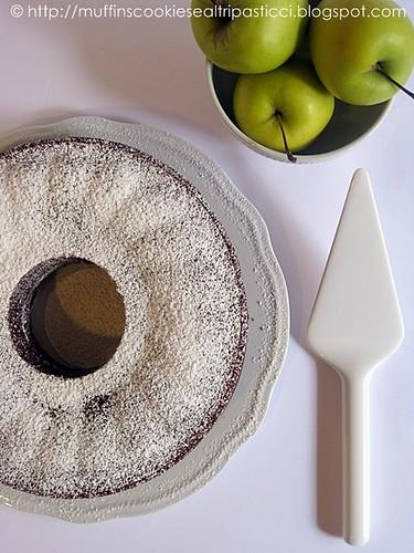 Torta al cioccolato, mele e rhum