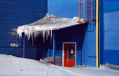 0006 (Ponyatovsky) Tags: street door blue winter light shadow red sun white snow film colors yellow wall architecture analog 35mm landscape mju olympus iso 200 vista agfa expired mjuii icicles olympusmjuiizoom115