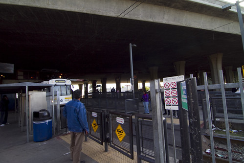 The Imperial/Wilmington Station seems very safe for pedestrians, but these ticket machines do create a small blind spot for spotting approaching trains.