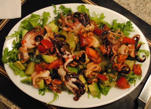 greek-octopus-salad (3)