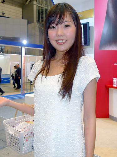 中村麻紀子