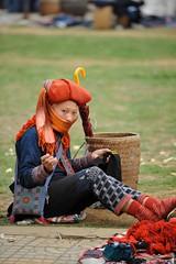 Sapa. Red Dzao tribe woman (Vladimir Zakharov  ) Tags: vietnamese tribal vietnam ethnic dao minority sapa dzao zao montagnard reddzao tribepeople culturetradition dzaotribe thedzao