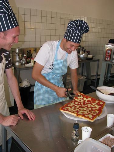 Pinsa's, la prima scuola di pizzeria in Olanda