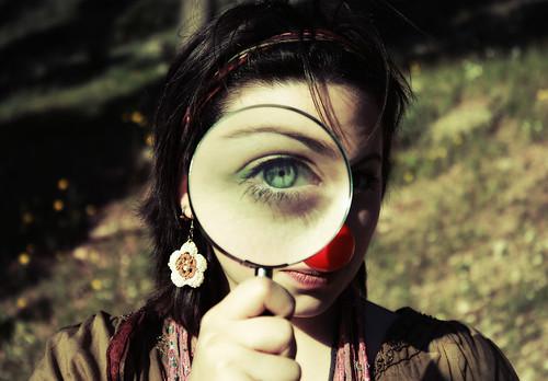 Behind Blue Eyes di Paolo Castronovo