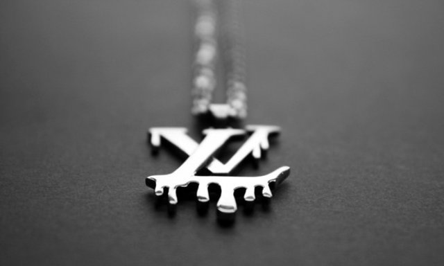 lasse-r-jensen-louis-vuitton-must-die-necklace