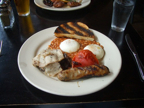 Village Idiot full English breakfast