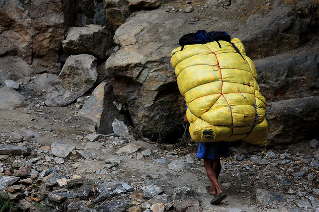 Photo essay: How much can a porter carry? Photography blog.