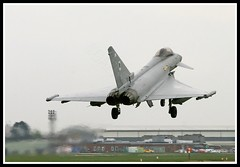 TYPHOON FGR4 ZJ923 DM (Gaz West) Tags: plane interesting fighter aircraft jet may spoon explore eurofighter land about bomber 5th dm picnik typhoon raf t1 jetfighter 2010 tiffy coningsby ef2000 3sqn 6sqn rafconingsby 11sqn 17sqn zj923 fgr4 29rsqn