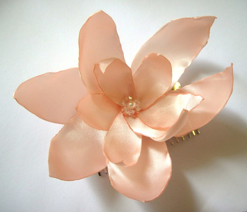 salmon coral lilium blossom wedding flower comb