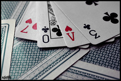 Entre cartas (Vernica Arivi) Tags: love poker cartas corazones treboles