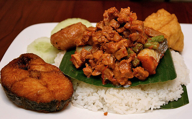 Nasi Ambeng - single person's portion (S$18)