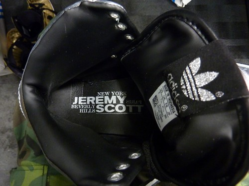 Jeremy Scott wings14