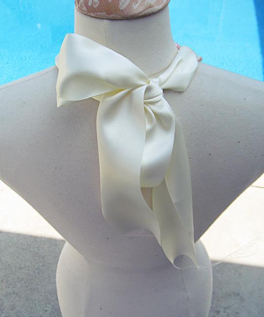 Rope Necklace -Form-Back