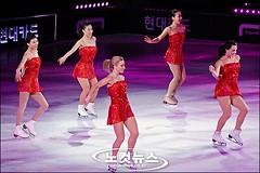 Medalist on Ice, Korea Closing (costagiovanniv) Tags: ice skating virtue korea tessa figure mao asada shen pang 2010 qing joannie xue medalist rochette