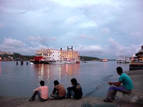 Panjim ferry dock / jetty