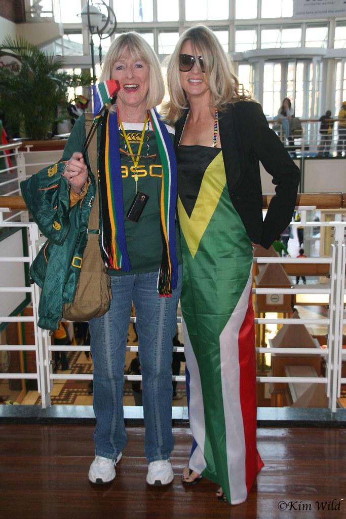 Mundial Sudáfrica hinchas vestido de gala