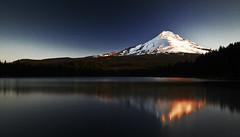 [フリー画像] 自然・風景, 山, 湖・池, アメリカ合衆国, オレゴン州, 201006180100