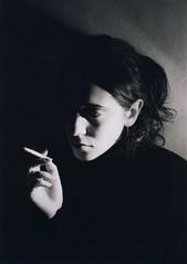 De Clausura (FlavioSpezia) Tags: portrait bw blancoynegro face canon tristeza retrato cara bn soledad pensamiento duelo cigarrillo pensativa eos2000 blancoynegrobn