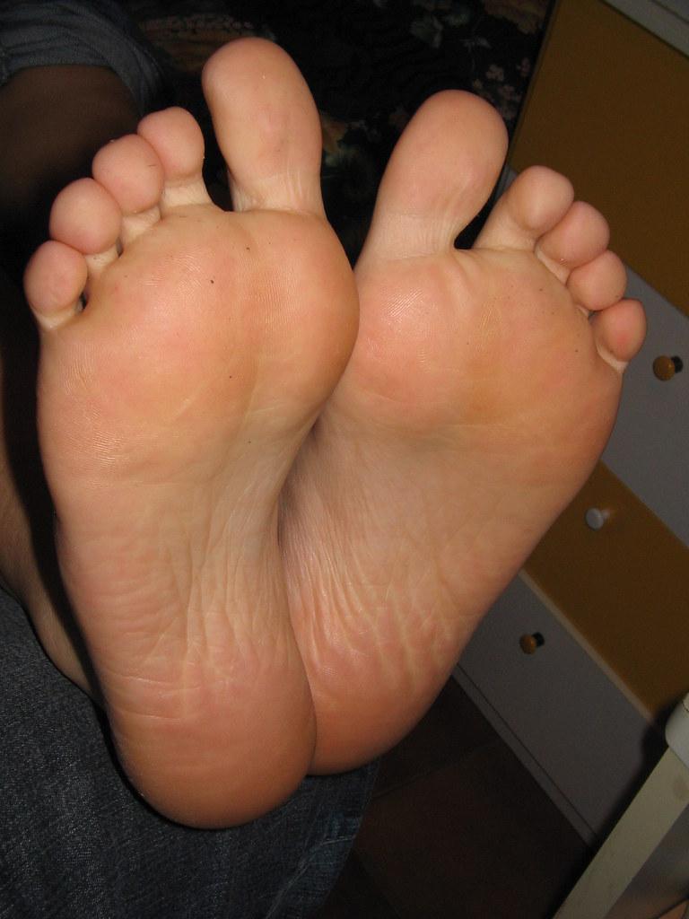 Cum on mature toes
