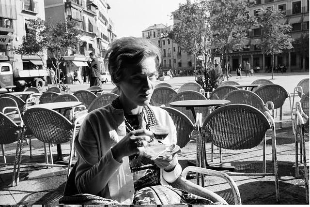 Marianne Weber en la terraza del Café Español de Toledo en septiembre de 1962. Fotografía de Harry Weber. Österreichische Nationalbibliothek