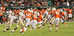 Greg Reid returns a Punt against the Miami Hurricanes (dave_teems) Tags: canes collegefootball miamihurricanes noles theu floridastateseminoles