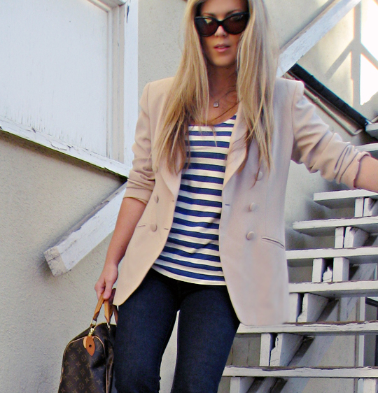 j brand skinny jeans+striped tank and blazer+tom ford cat eye sunglasses+straight blond hair+stairs