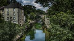 Sous le Pont (Fred&rique) Tags: lumixfz1000 photoshop raw hdr jura champagnole ain rivière pont reflets orage ciel gris vert