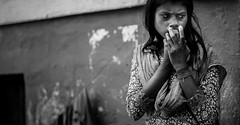 Worries, eating away at me (Frank Busch) Tags: frankbusch frankbuschphotography imagebyfrankbusch bw blackwhite blackandwhite hands india kolkata monochrome person portrait trouble woman worry