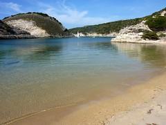 Retour à Bonifacio avec la boucle de Fazziu : l'anse et l'île de Fazziu