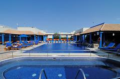 JW Marriott Pool (johnaalex) Tags: dubai d300 jwmarriott tokina1116mmf28