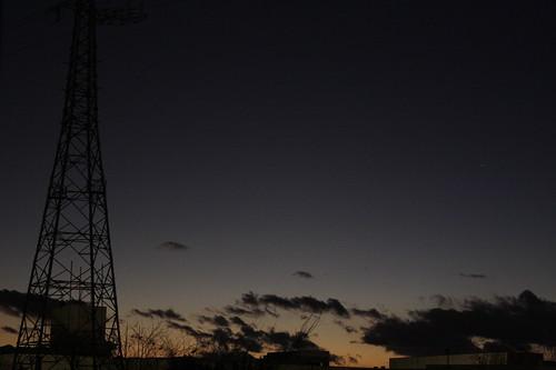 松が谷高校方面に見える鉄塔