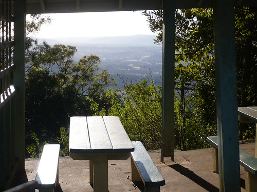 Picnic spot at Montville Mountain Village