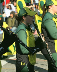 OMB Clarinet Player (Prayitno / Thank you for (9 millions +) views) Tags: california ca roses woman college girl rose female oregon la duck los university angeles 10 band ducks parade tournament ten marching pasadena colleges tor clarinet pac omb pac10 konomark