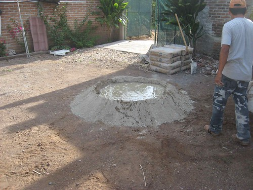 Cement pool