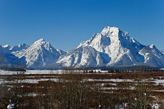 Winter at Mt Woodring and Mt Moran (bhophotos) Tags: travel winter white snow mountains nature landscape geotagged frozen nikon wyoming tetons d80