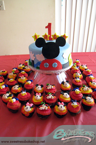 Mickey Mouse ClubhouseMickey Mouse 1st Birthday Cupcakes