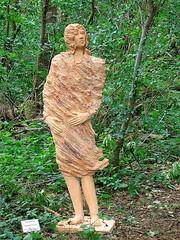 meisje in de wind / girl in the wind (Lexe-I) Tags: woman men girl vent artist bea wind beelden clay le van flemish fille dans kortrijk terracota maaseik claymen vandorpe sculpturen dorpe