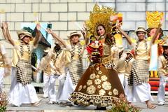 Banilad (Farl) Tags: festival dancing philippines cebu cebucity sinulog contingent cebusugbo sinulog2010 sinulog30 baniladnighthighschool