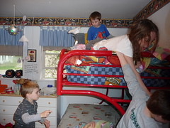 Sleepover with Genna & Seamus (darling1s) Tags: seth aaron seamus genna inside placeshome year2009 specialoccasionssleepover
