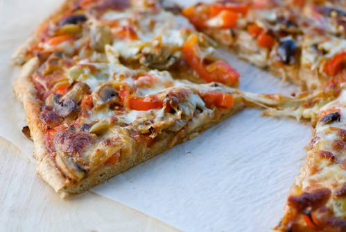 Food Blogga: Super Bowl Party Recipes: Whole Wheat Veggie Pizza