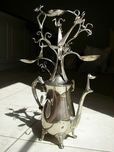 Teapot jewellery/jewelry tree 1