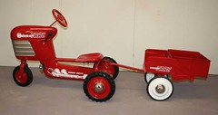 "1955 Murray Tractor and Trailer Restored • <a style=""font-size:0.8em;"" href=""http://www.flickr.com/photos/85572005@N00/4347024804/"" target=""_blank"">View on Flickr</a>"