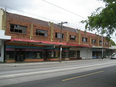 Shops, Hawthorn Road