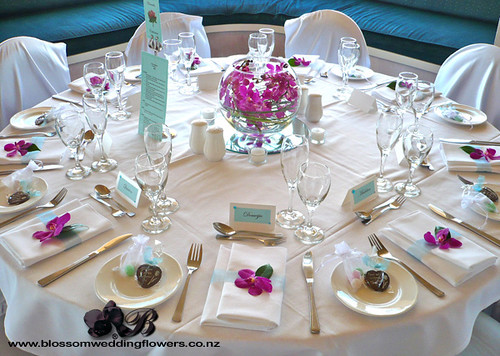 pink and purple wedding table settings