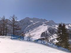 05032010043 (rkalton) Tags: italy snowboarding courmayeur