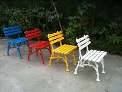 cadeiras para jardim infantil anos 60 (Fuga - filme) Tags: anos cenrio 60