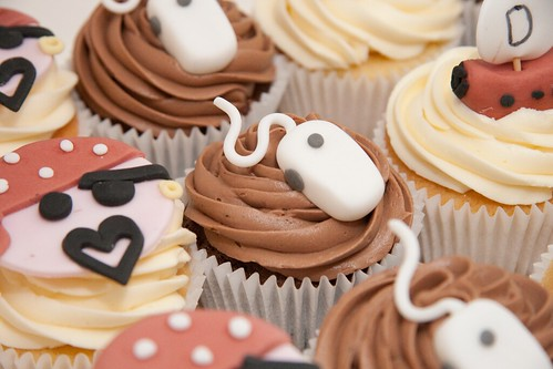 Cirencester Cupcakes - Pirates of the Silicon Valley Cupcakes